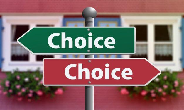 Emprunteur : entre renégociation et rachat, que choisir ?